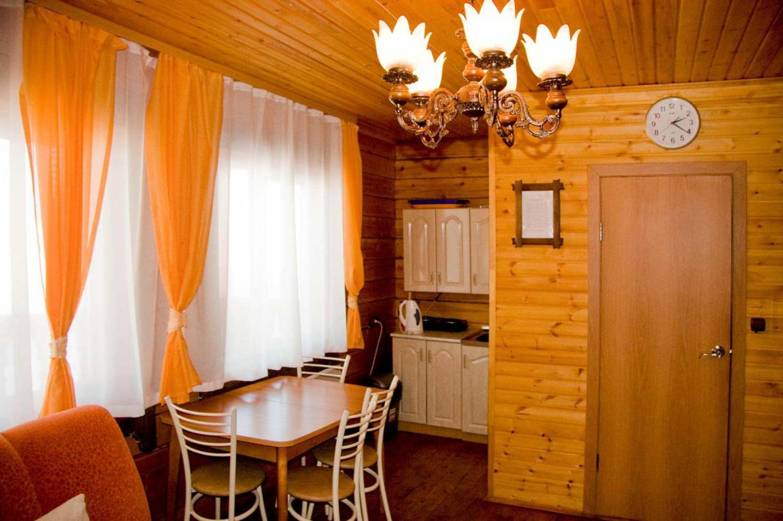 Семейный номер в Бунгало № 5 ( I этаж) семейный номер