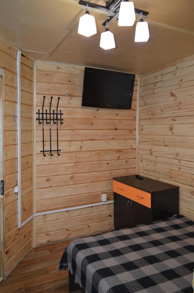 Двухместный номер с 1 кроватью и видом на горы 1 этаж/2 этаж