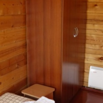 Двухместный эконом санузел и душ на этаже