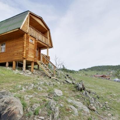 Двухэтажный дом на берегу озера №20 (первый этаж)
