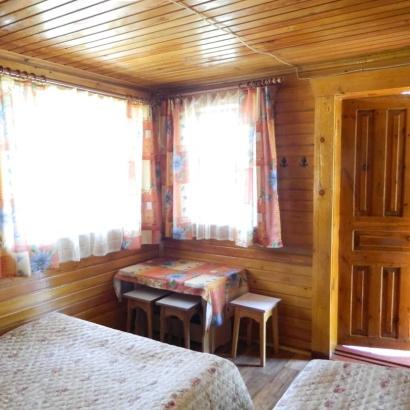 Отдельно стоящий дом в лесной зоне одно/двух/трехместное размещение
